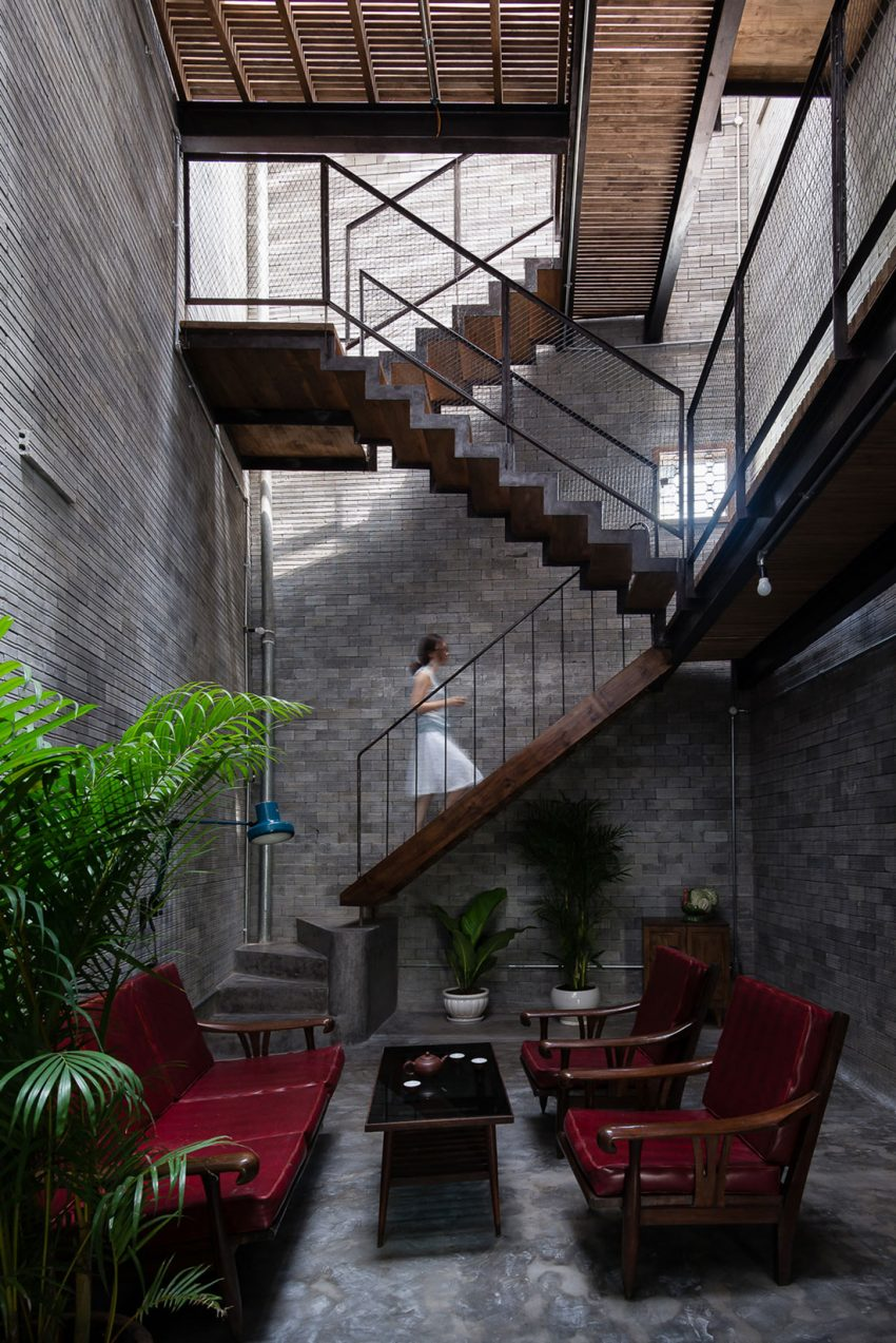 Zen-House-04-850x1273.jpg
