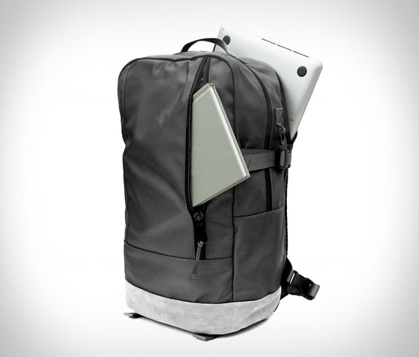 dsptch-daypack-special-edition-4.jpg