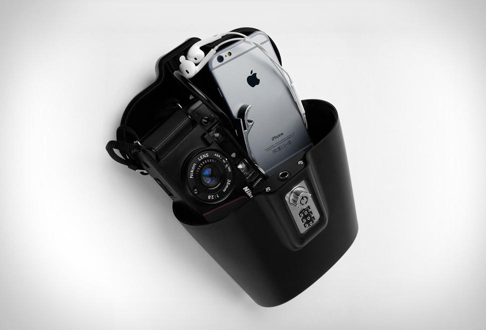 safego-portable-safe.jpg