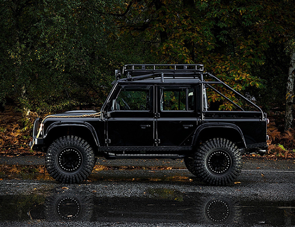 land-rover-defender-tweaked-spectre-edition-4.jpg
