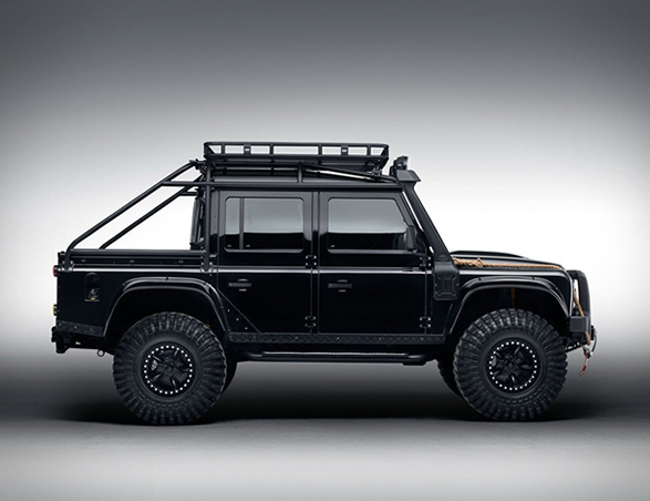 land-rover-defender-tweaked-spectre-edition-13.jpg