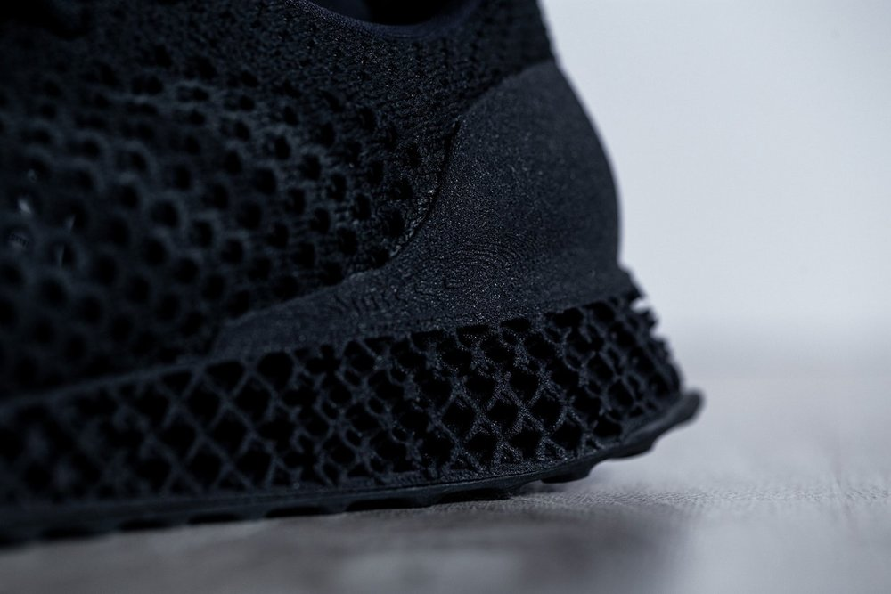 adidas-black-3D-runner-futurecraft-8.jpg