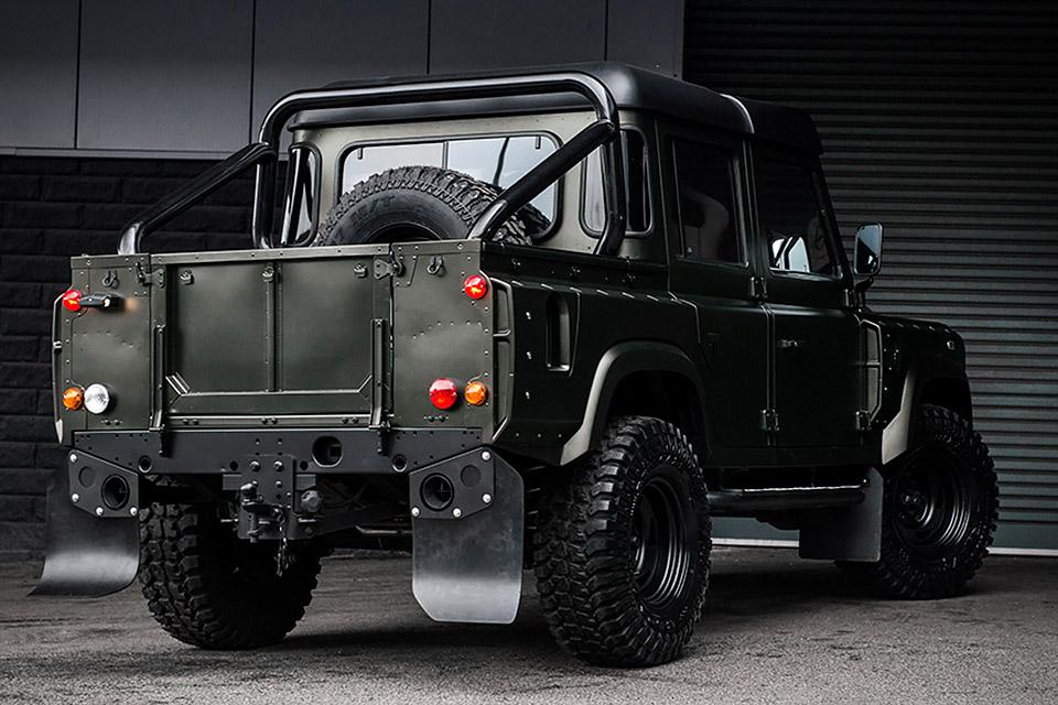 kahn-defender-truck-1-4.jpg