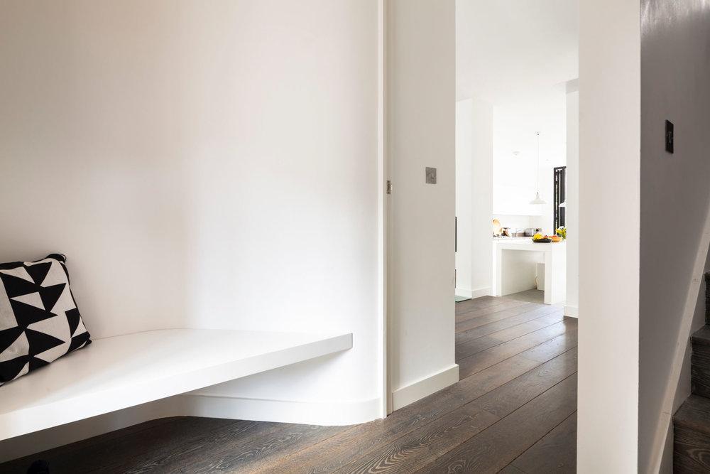 scenario-architecture-minimal-living-photography-matt-clayton-01.jpg