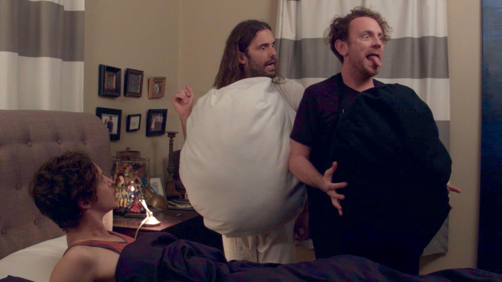 Last Will and Testicle - Will (Byron Lane) has a nightmare in which he has an unpleasant chat with his testicle (Jonathan Van Ness) and the testicle's lump of cancer (Drew Droege).