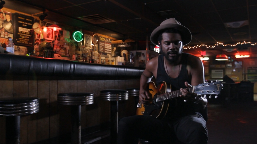 Two Trains Runnin' - Gary Clark Jr.