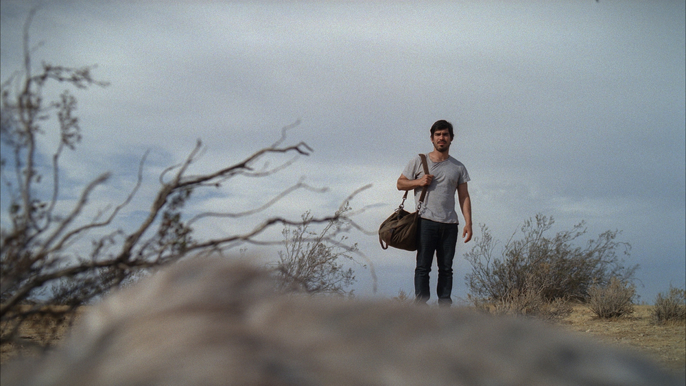 Limbo - Raúl Castillo stumbles across a dying dog in the middle of the desert