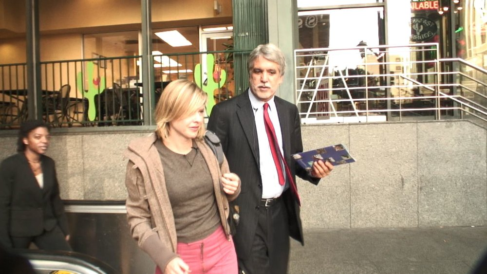 Carless in LA - Katie interviews Senor Enrique Penalosa about the changes he made in Bogota, Colombia when he was mayor.
