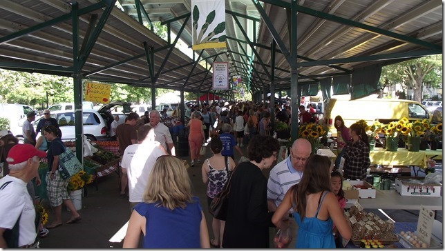 Farmers' Markets: Love at First Bite