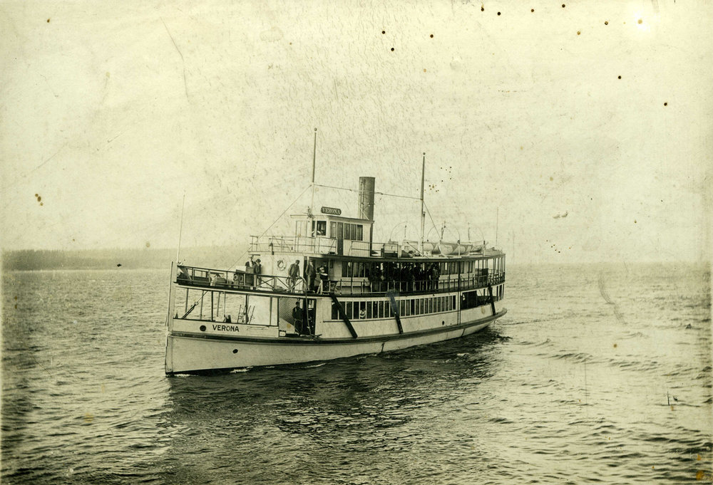 Image of the VERONA ferry: Built in 1910, the Verona was one of the fastest steamships on Puget Sound. Courtesy of the Vashon-Maury Island Heritage Association.