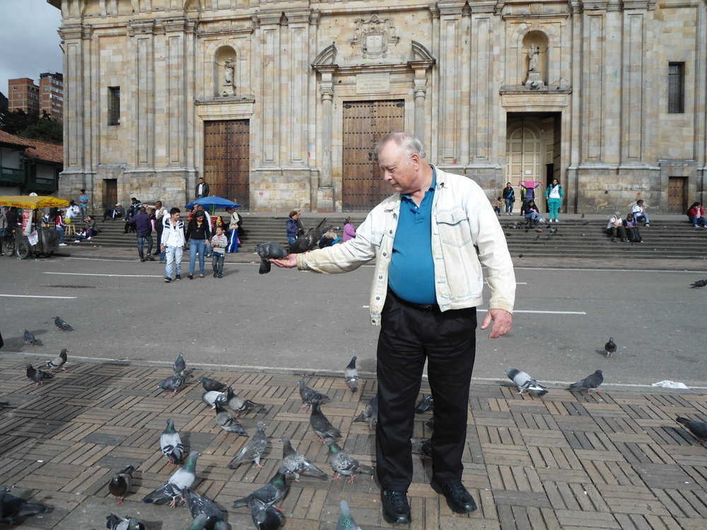 Barry feeding the pigeons in Bogota's central plaza.  In addition to looking for a soul mate, Barry also made time on his visit to Colombia for some sight seeing.