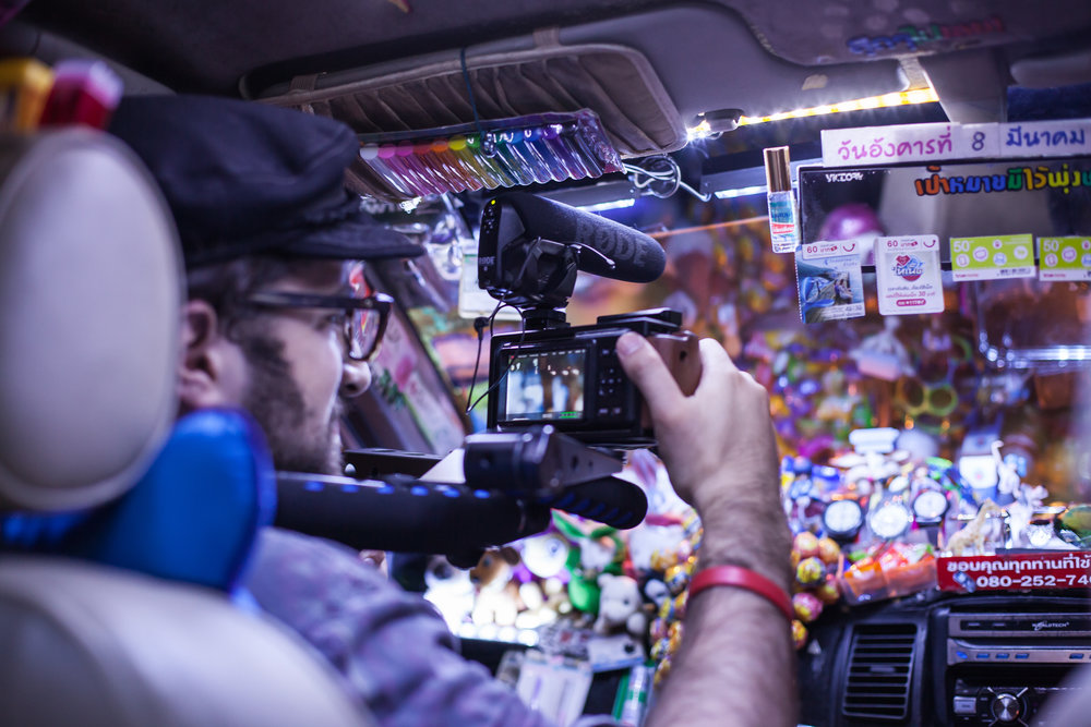 Bazaar Taxi - Filmmaker Joshua Belinfante shooting and directing 'Bazaar Taxi' into the night!