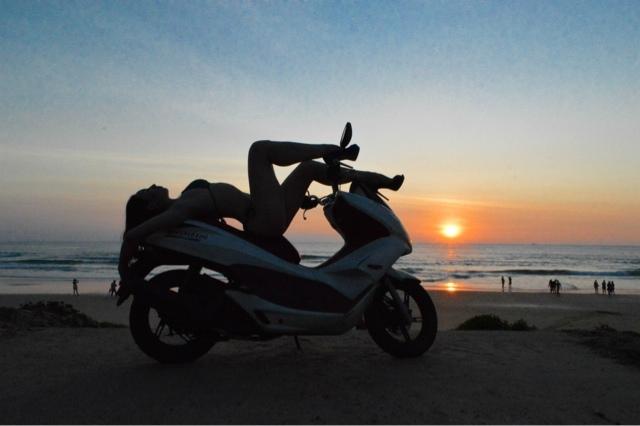 Karon Beach ve Honda PCX motorum.