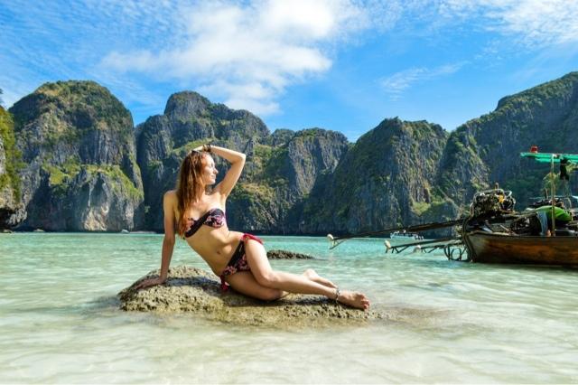 İyi bir fotoğrafçı ve ortalama bir Rus kadını ile muhteşem kareler yakalanabilecek manzaralarla karşılaşacaksınız.