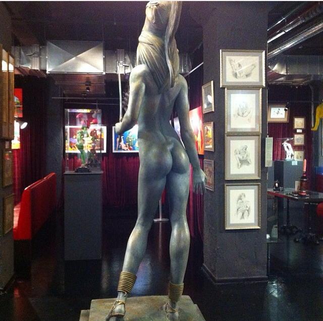 Seks müzesindeki heykellerden biri.