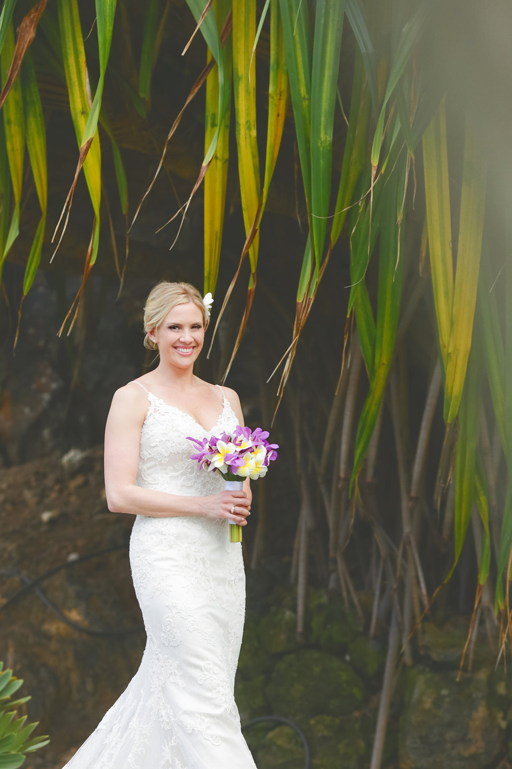 bliss-maui-wedding-kukahiko-estate-love-and-water-photography-erika-joe-8.jpg
