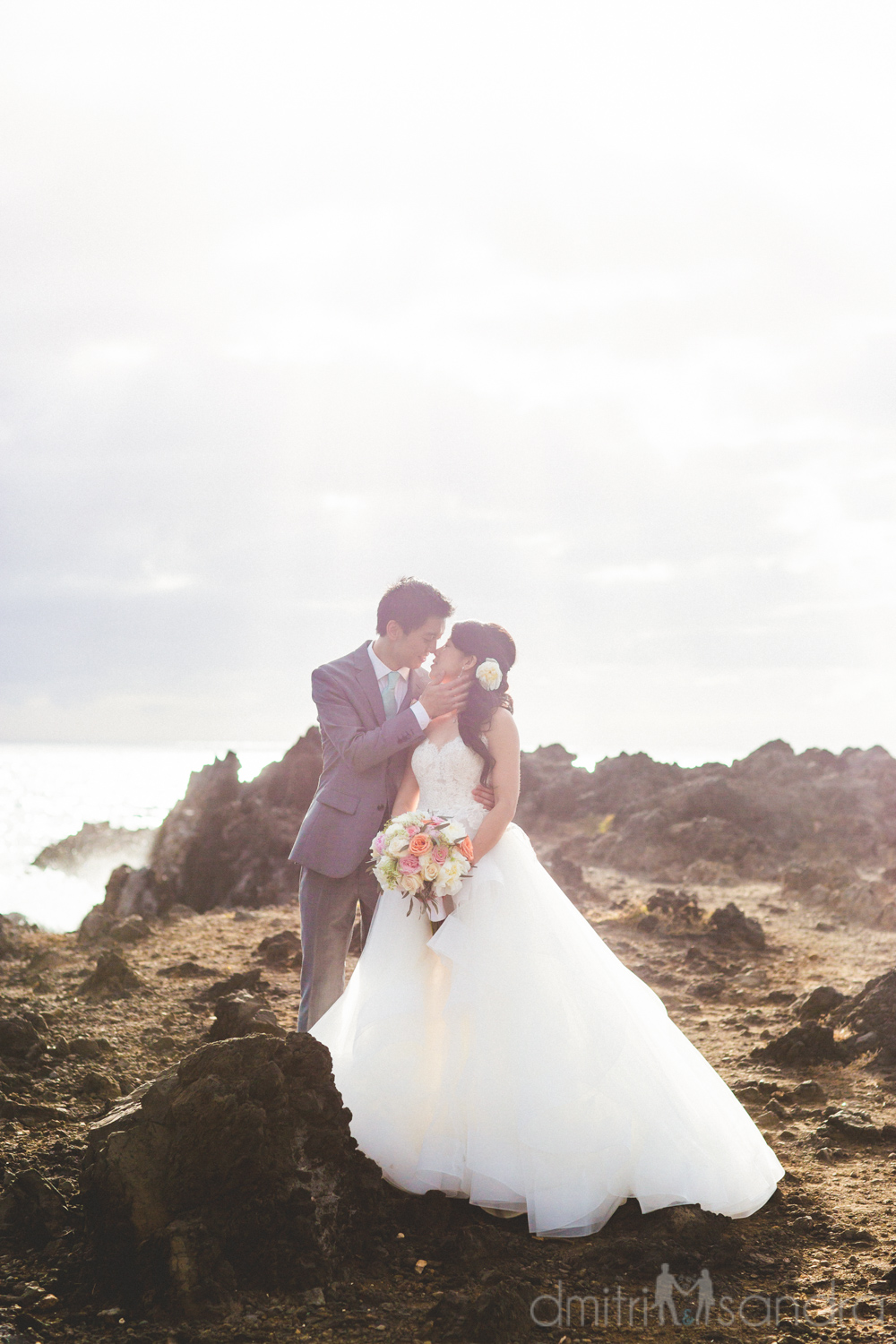 bliss-maui-wedding-kukahiko-estate-dmitri-and-sandra-photography-phoebe-simon-27.jpg