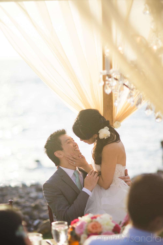 bliss-maui-wedding-kukahiko-estate-dmitri-and-sandra-photography-phoebe-simon-33.jpg