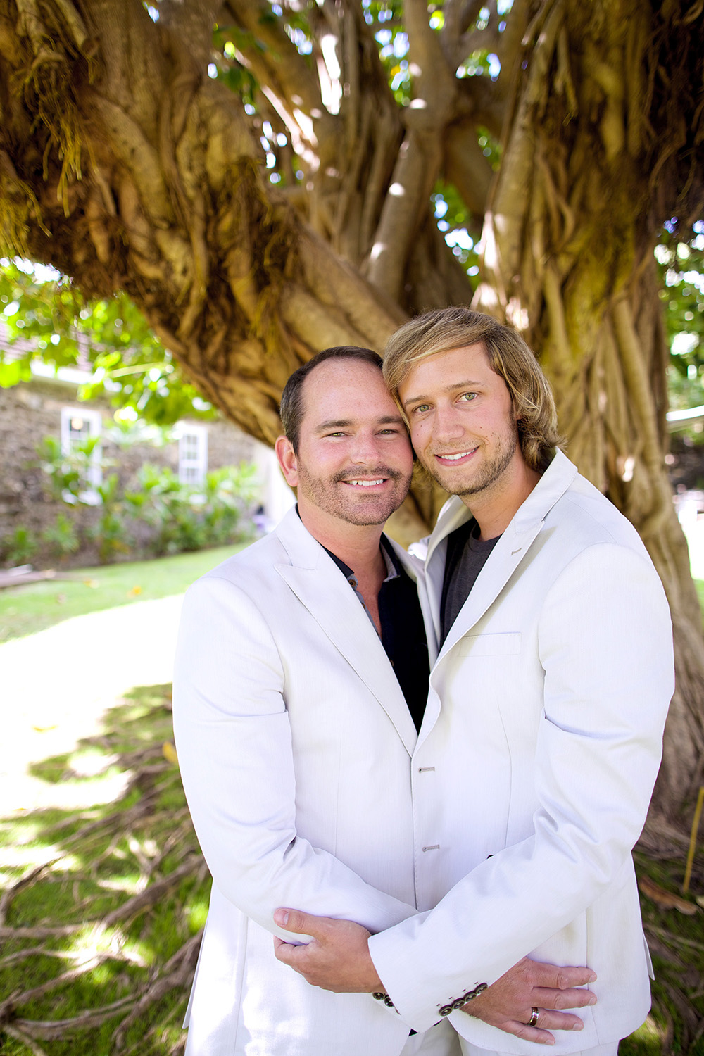 Stylish Maui grooms - Bliss Wedding Design and Anna Kim Photography