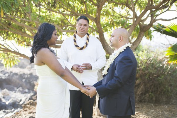 Intimate Maui Wedding by Bliss