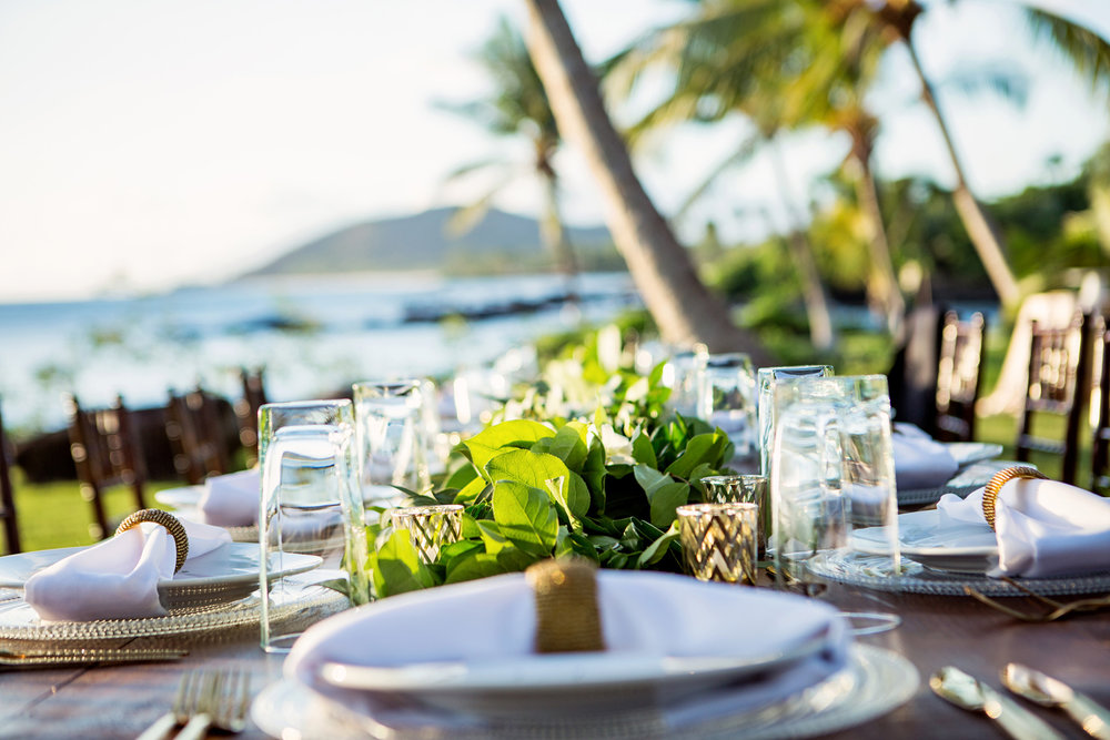 Tropical wedding table Bliss