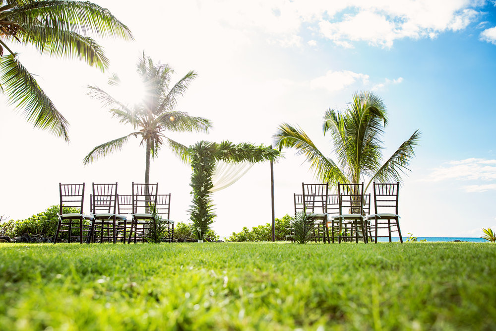 Lush tropical wedding ceremony by Bliss