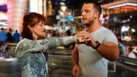 Rory Z performing 'street hypnosis' in Las Vegas