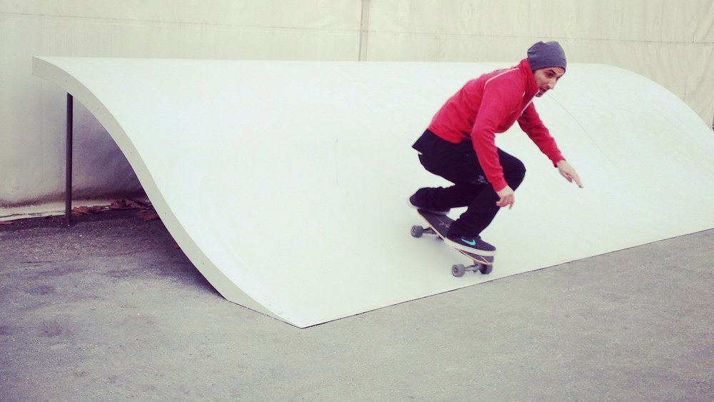 Whitezu - Surfskate Urban Wave - Backyard model