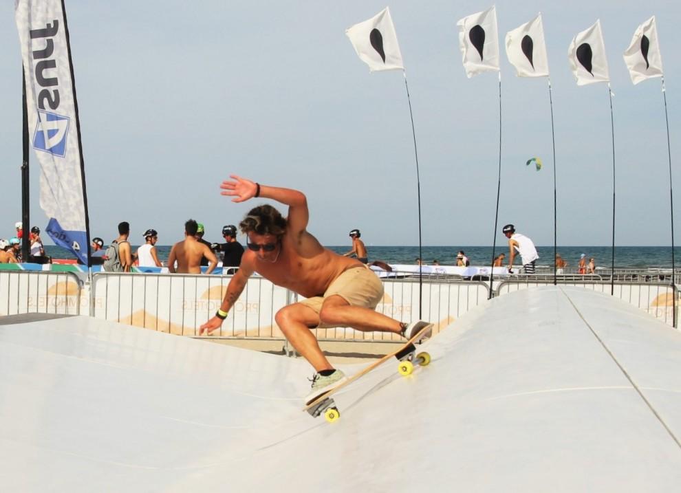 Lopez-The-Style-Arena-4surf-whitezu-Davide-Riccione-Xmasters-990x717.jpg