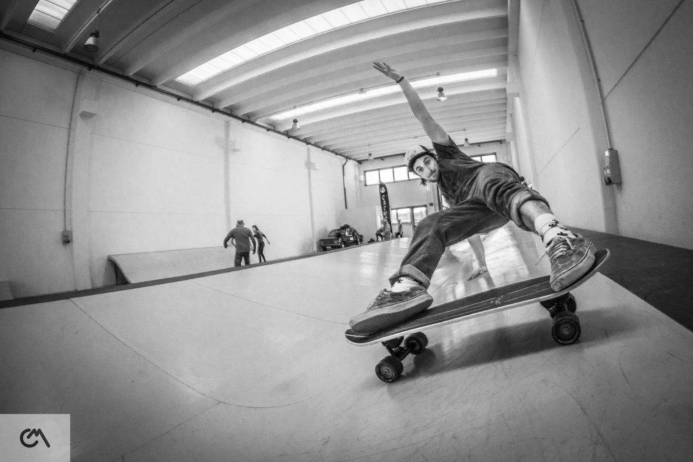 Marco-Camagni-Pro-Training-Surfskate.jpg