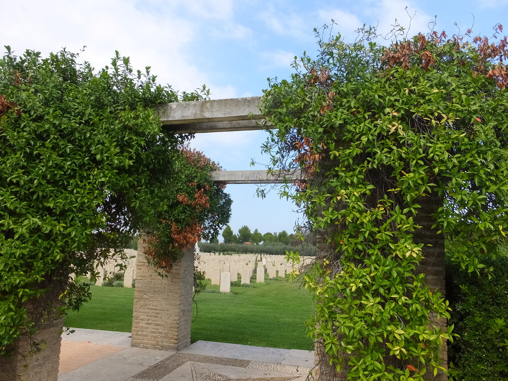 Ortona - Moro View cemetery 3.JPG