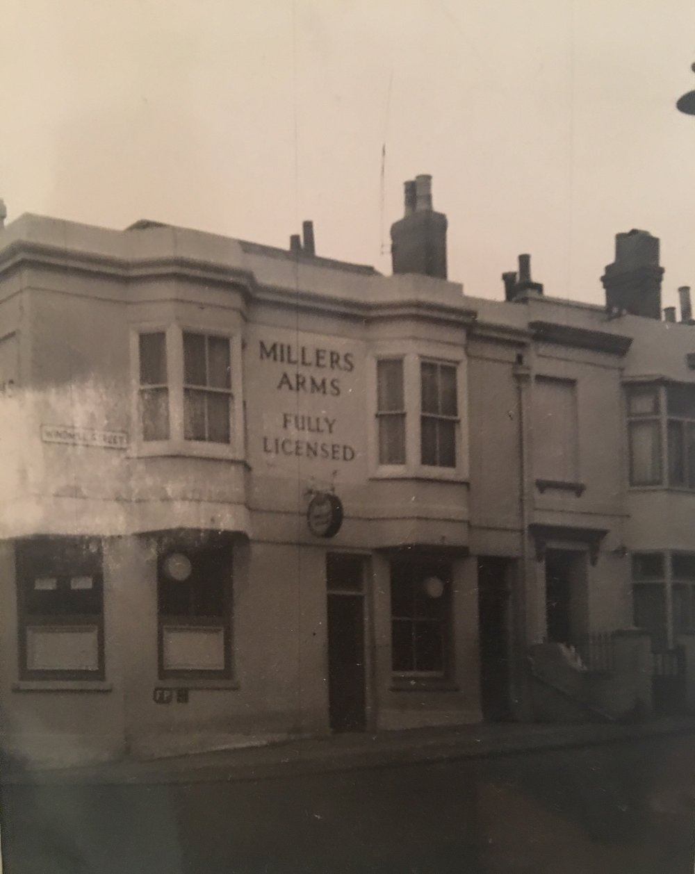 Setting sun known then as Millers Arms approx 1939