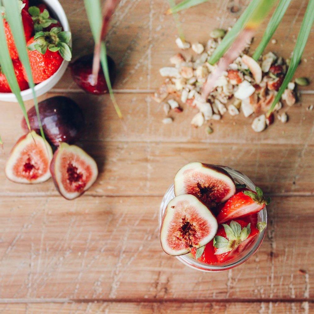 Sugar Free Granola Breakfast Jar Recipe-4.jpg