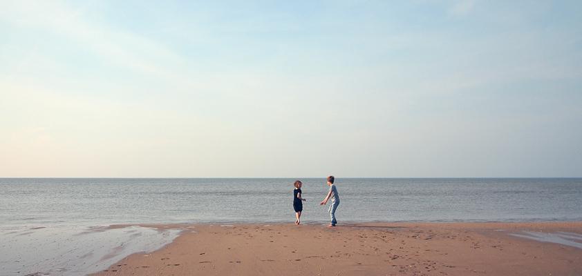 kids-beach-842_x_400.jpg