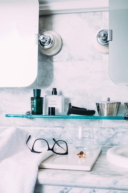 Male Bathroom Amenities 2048px 1DX_8151-Edit.jpg