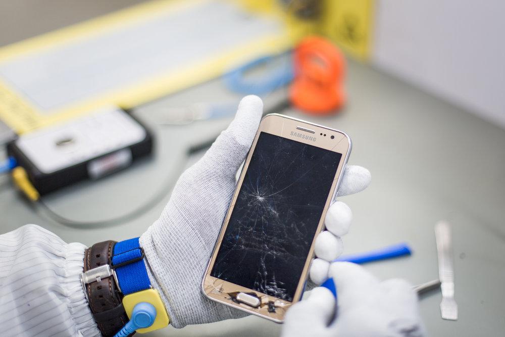 Samsung Repair 2048px 5D3_8249.jpg