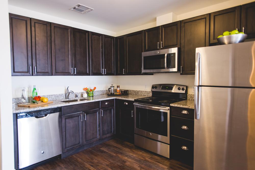 Stainless Steel, Energy Star Appliances & Granite Countertops