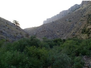The scarps of Arbel