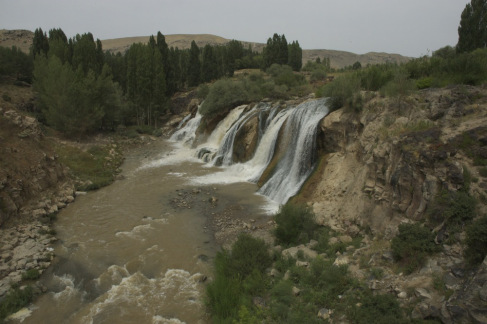 Falls of the Muradiye River.
