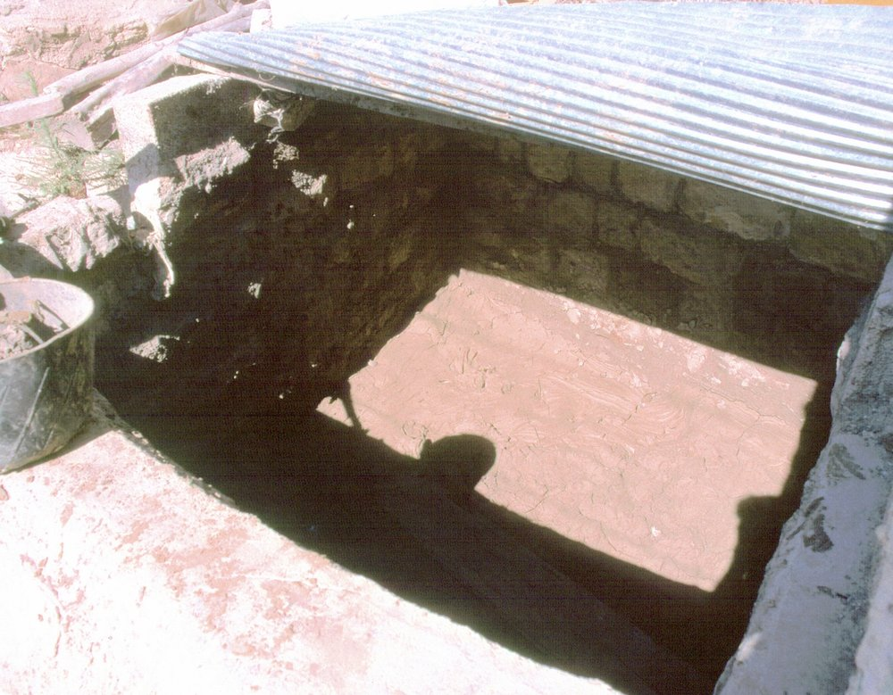 Basin for clay (Jabah).jpg