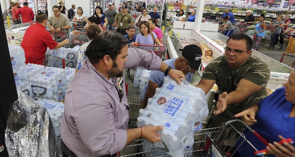 Residents purchase water in Miami. Image from  here.