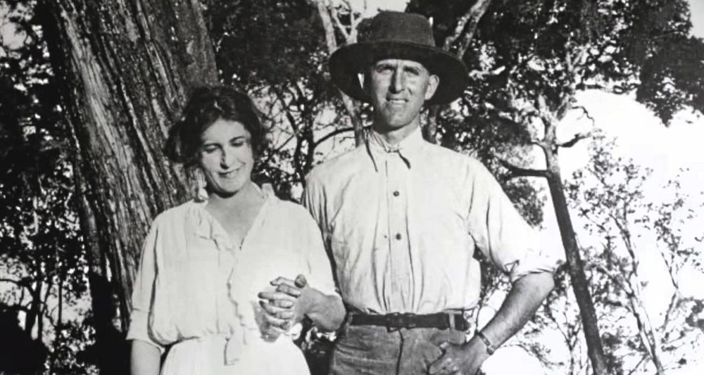 Karen Blixen and Denys Finch-Hatton. Image from    here.