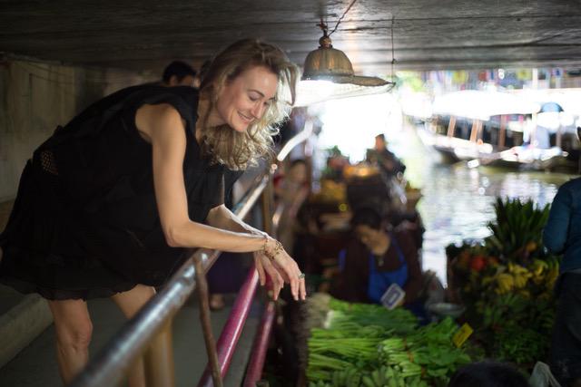 Eva-bangkok-floating-market.jpeg