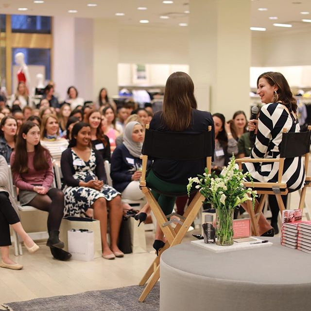 "Last night we talked about living The Big Life with @annshoket at @anntaylor in #DC. The audience ranged in ages from high school and college #herlead fellows to women deep in their careers. The common theme across all generations was the fact that no matter what age you are, you're still figuring it out and as @annshoket pointed out ""enjoy the journey."" #thebiglife  photo credit @hannahlanephoto"