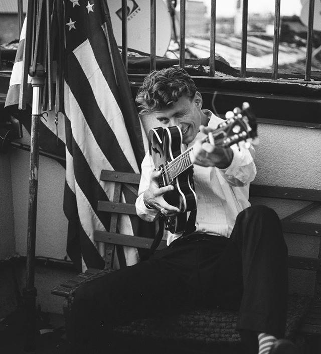 Blues / Funk / Yeah, @fechtor by @laurenluxenberg