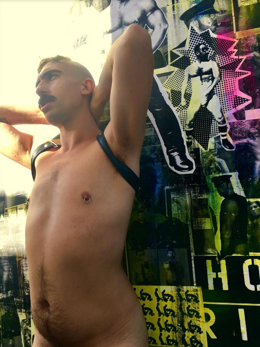 glory hole homoseksuell fuck escort finland