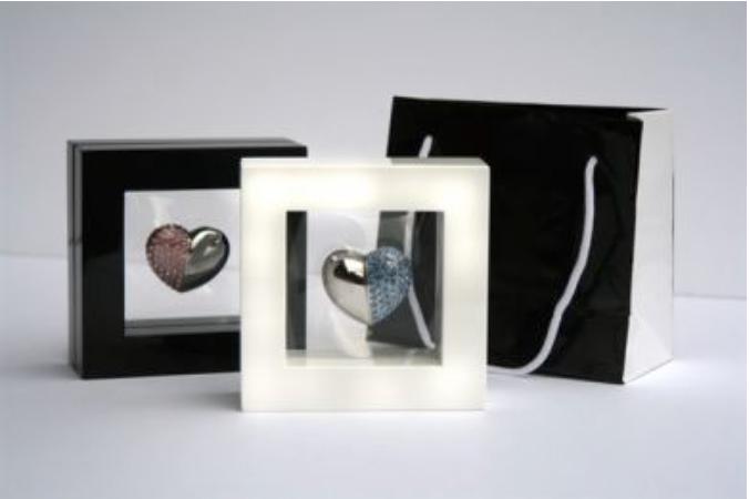 USB Heart in Frame