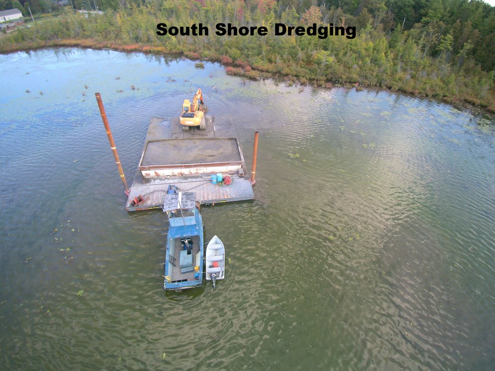 Dredge in operation (2).jpg