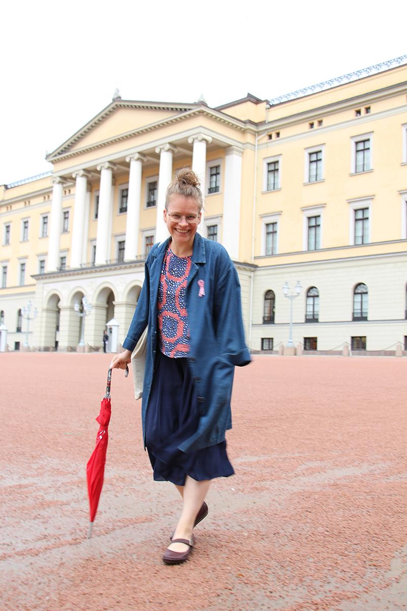 Me outside the castle in Oslo.