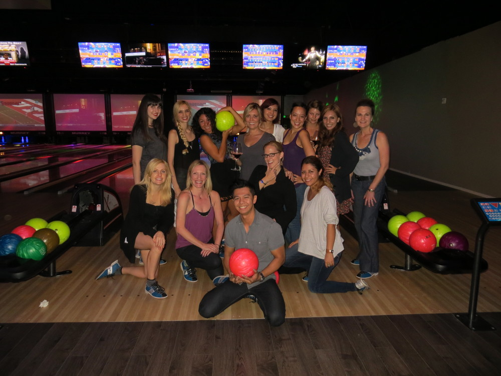 Happy Hour - Bowling2.JPG